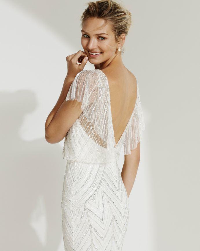 Vestido de novia modelo GALO de la colección Aire del 2019.