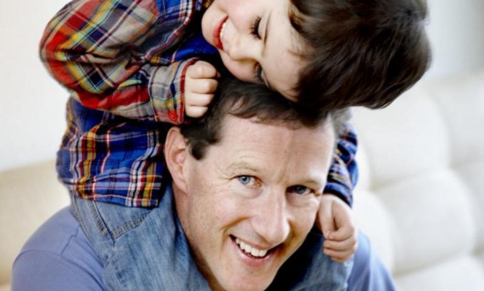 Un padre es el referente mas cercano de masculinidad para un hijo.