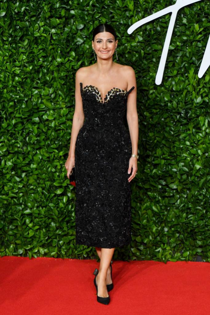 Giovanna Battaglia a su llegada al  The Fashion Awards 2019 en...