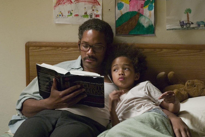 Will Smith y su hijo Jaden en la película En busca de la felicidad