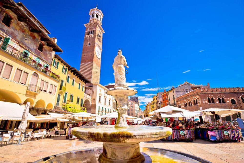 """La ciudad de Verona es la protagonista de la novela """"Romeo y Julieta"""", de Shakespeare."""