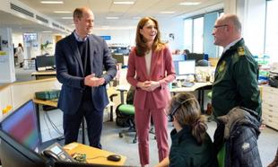Los duques de Cambridge en el servicio de ambulancias de Londres
