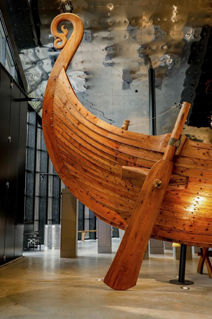 Barco vikingo en Sagastad Center.
