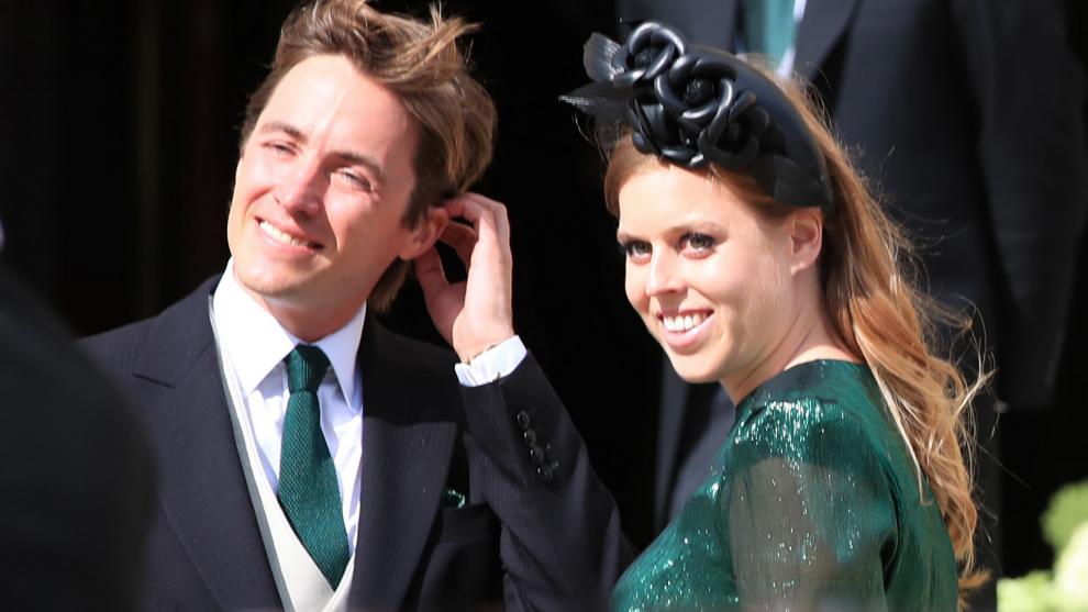 Beatriz de York y su prometido Edoardo Mapelli en la boda el pasado...