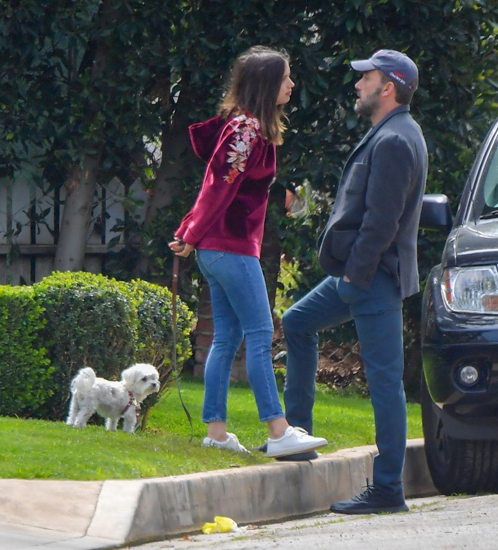 Los actores Ana de Armas y Ben Affleck.