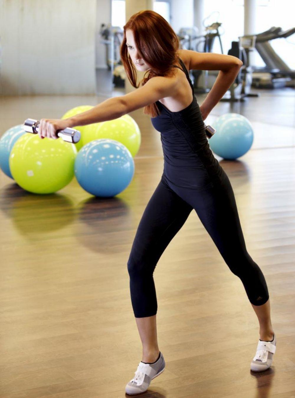 Hacer algo de ejercicio varias veces a la semana es clave para alejar el estrés.