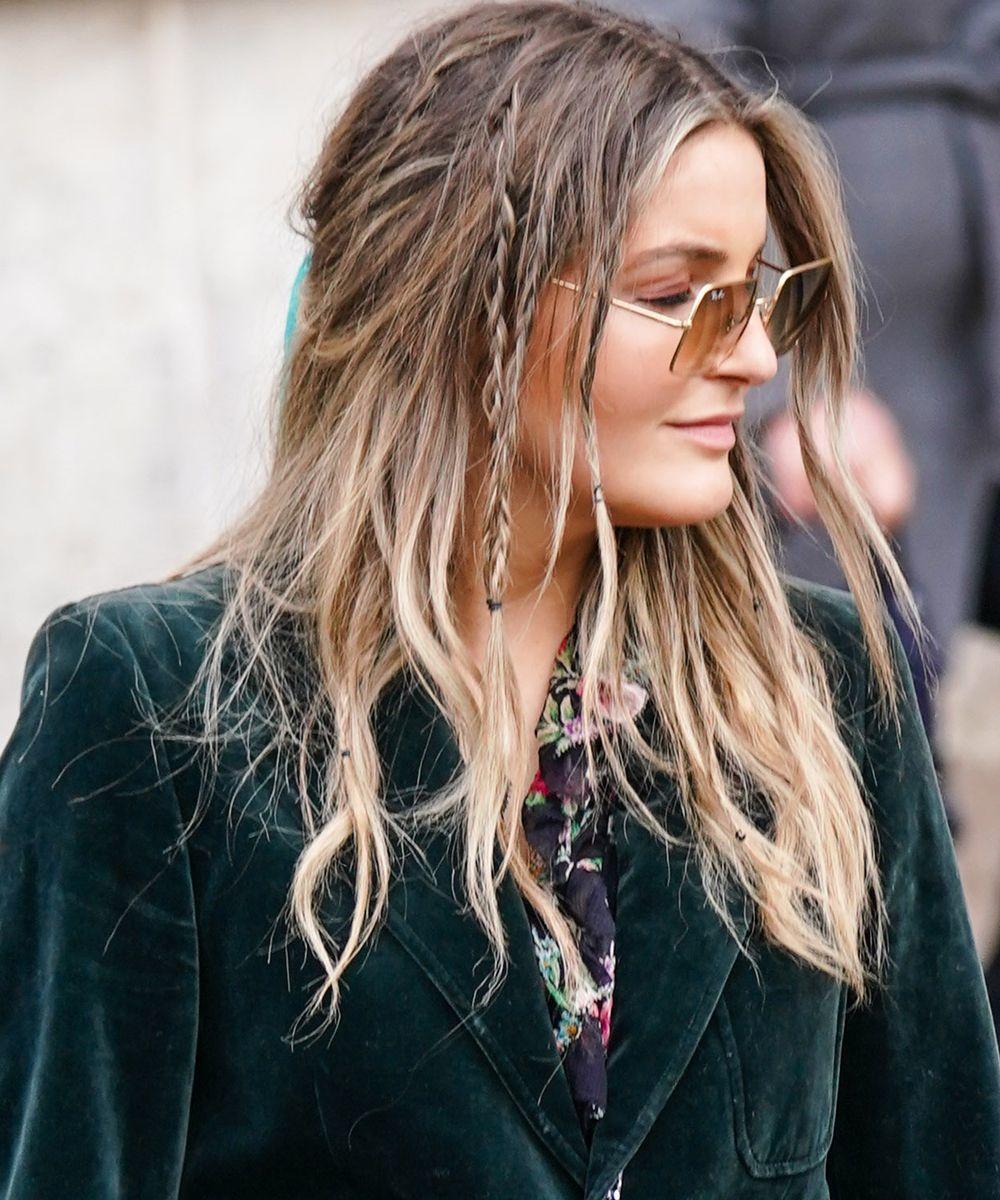 Sensacional peinados boho Imagen de ideas de color de pelo - Minitrenzas boho con gomitas | 13 peinados con trenzas en ...