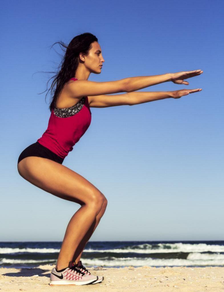 Sentadillas: todos los músculos del cuerpo en este ejercicio tan básico como imprescindible.