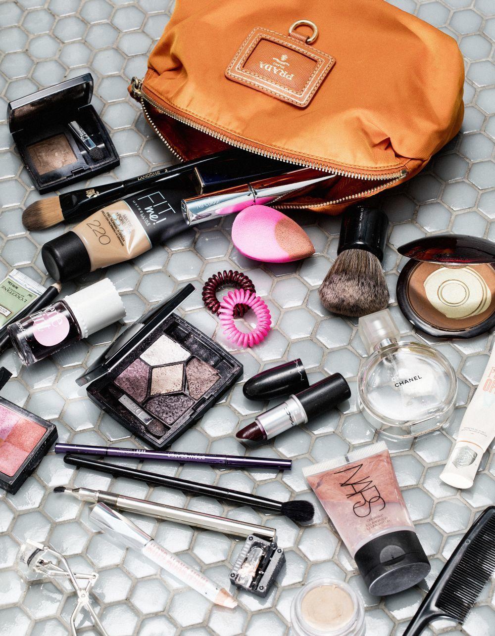 Prohibido compartir cosméticos con el resto de tu familia, algo recomendable en cualquier momento pero especialmente en situaciones como la actual.