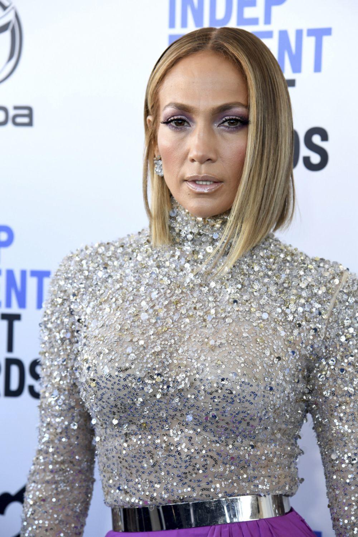 Desde el corte de Jennifer Lopez al de Monica Bellucci o los pixies de...
