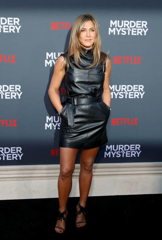 Piernas, brazos, abdomen... no hay una zona del cuerpo que no trabaje Jennifer Aniston a la hora de entrenar, la clave es su constancia.