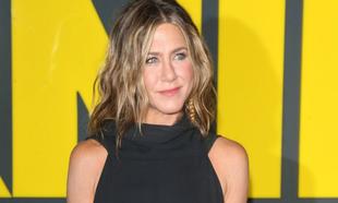 Jennifer Aniston se mantiene en forma así de bien a sus 51 años...