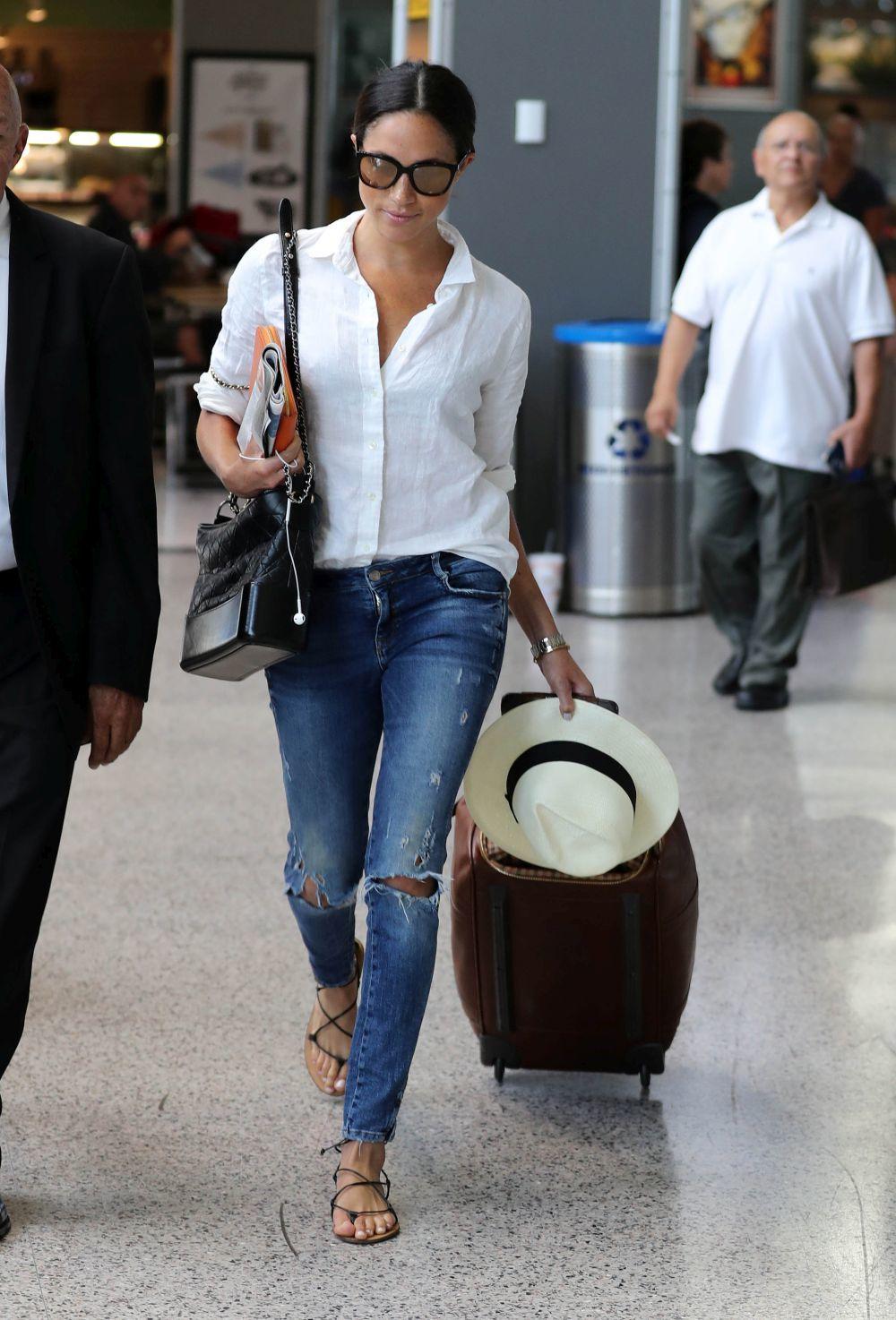 Meghan Markle con jeans de Mother