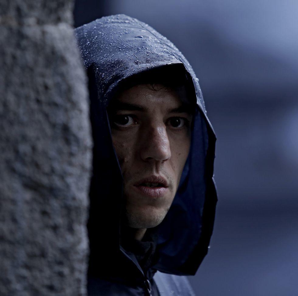Jon Olivares en el papel de Joxe Mari, el joven que ingresa en ETA.