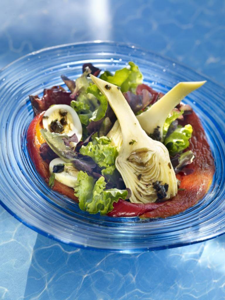 Las alcachofas pueden tener un papel protagonista en casi cualquier ensalada.