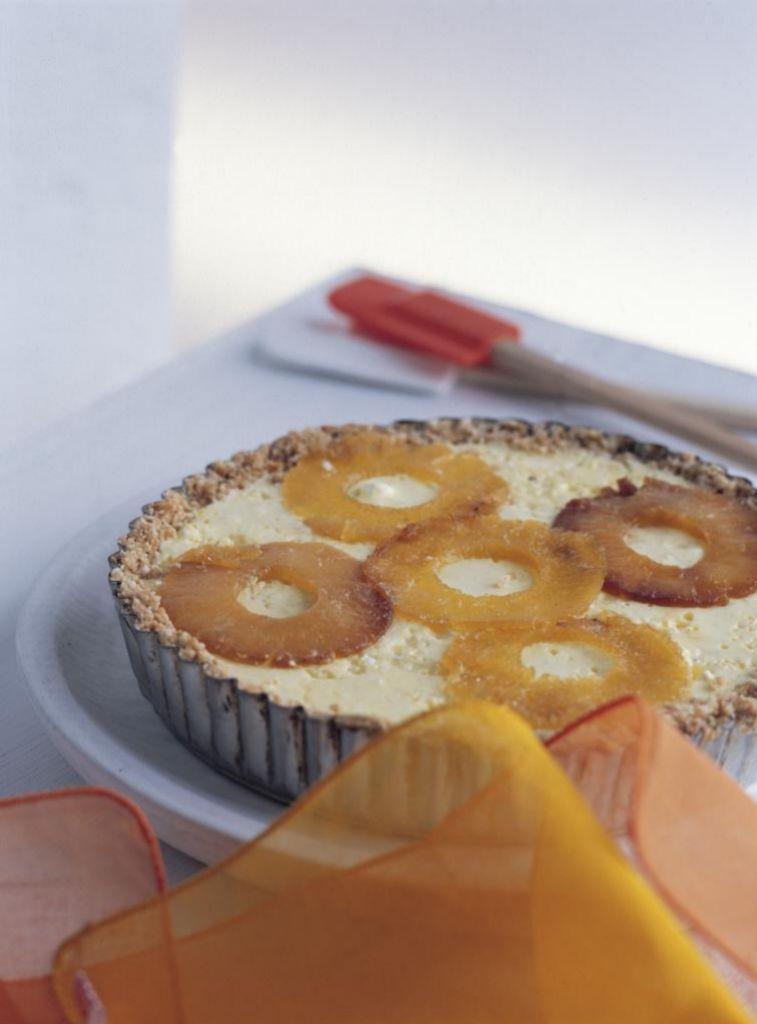 Unas rodajas de piña en cualquier tarta o bizcocho multiplican su valor nutricional.