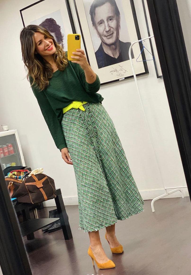 Nuria Roca con falda de Zara