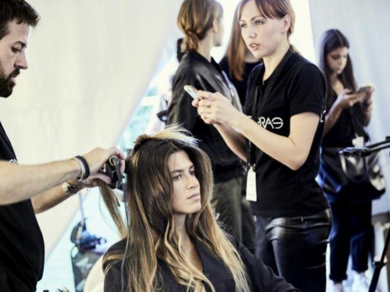 En España trabajan más de 150.000 personas en el sector de la peluquería.