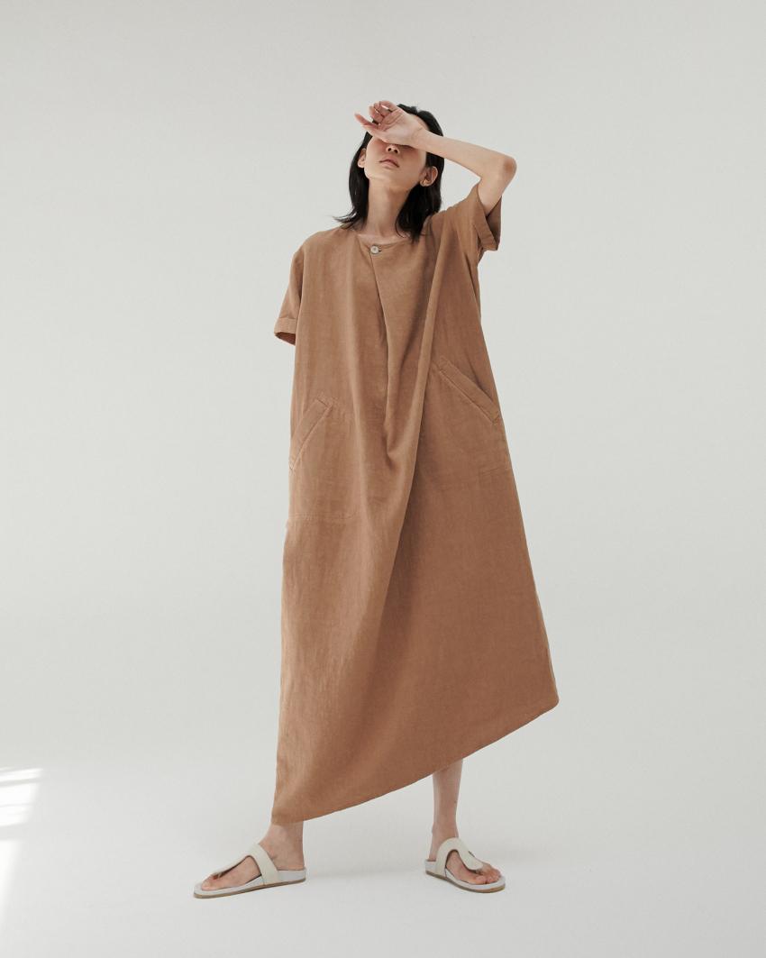 El vestido caftán Klay Pot de la diseñadora Mónica Cordera ha sido...