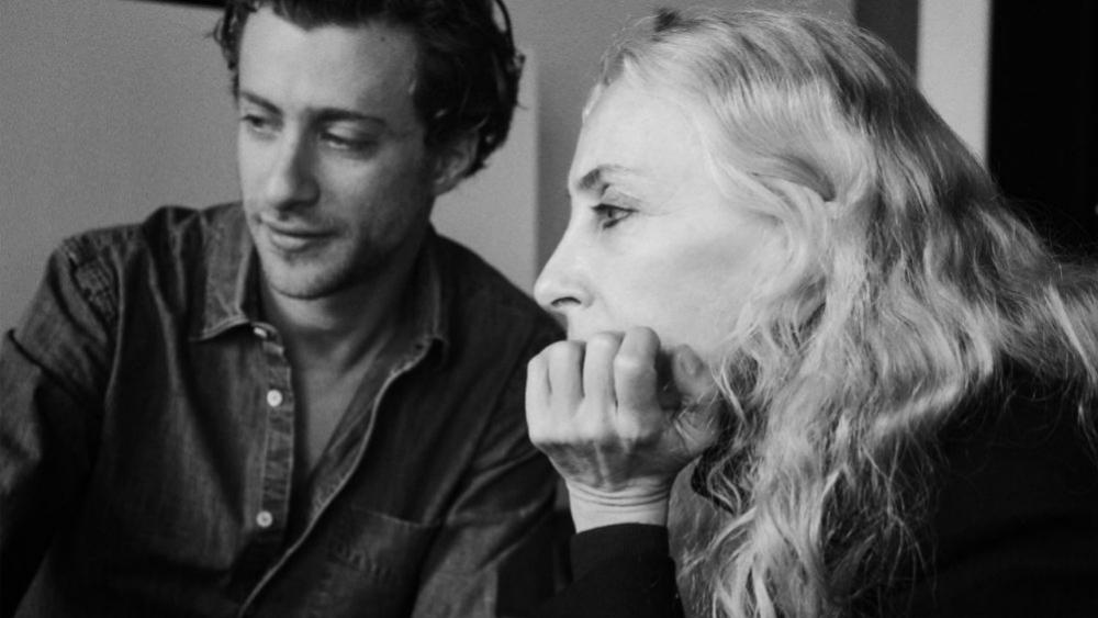 Franca Sozzani, directora de Vogue Italia  y su hijo Francesco Carrozzinni.