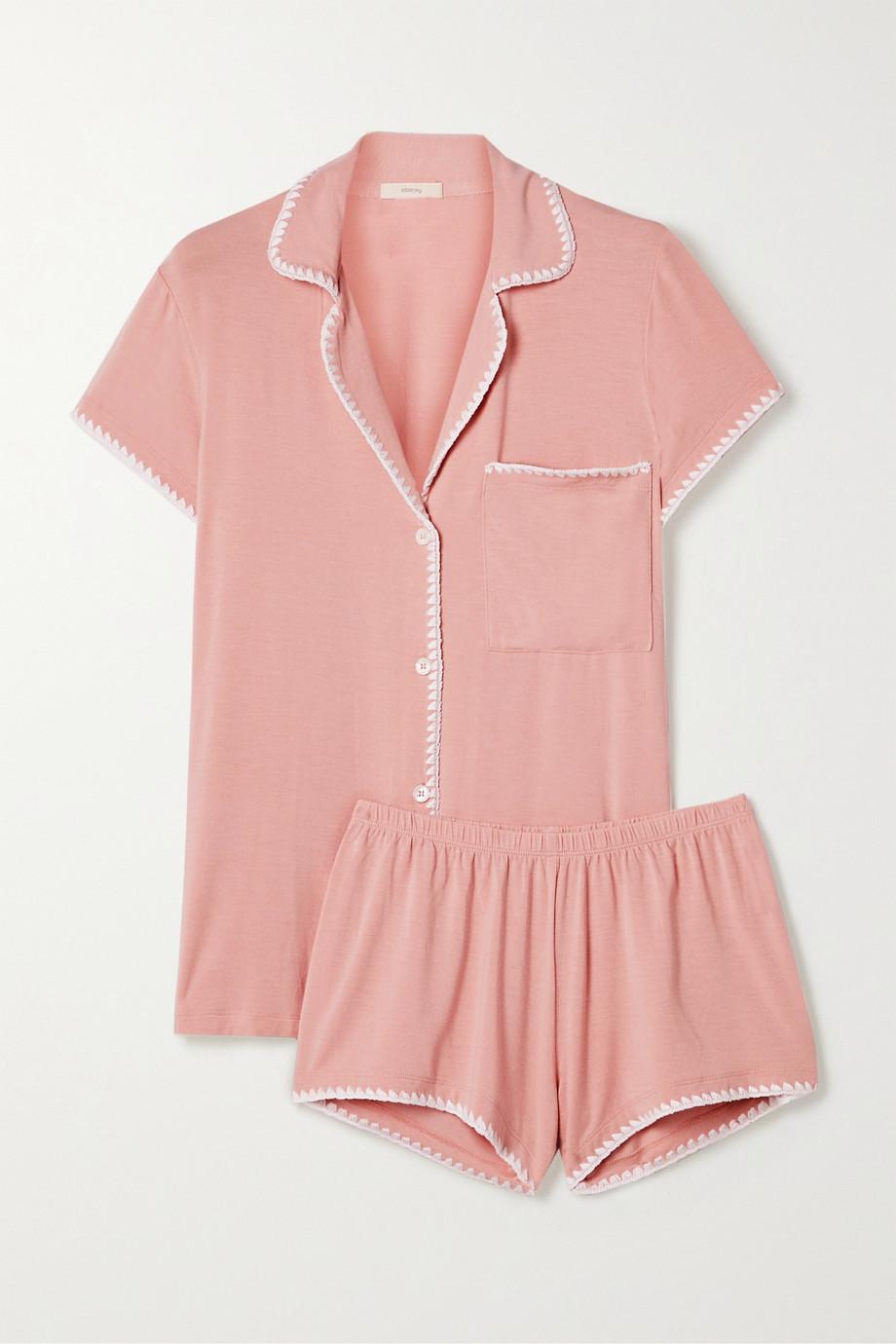 Pijama de manga corta y short (140 ¤) Eberjey.