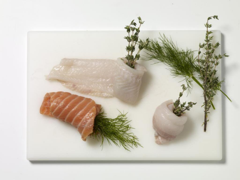 Es recomendable consumir, al menos, dos o tres raciones de pescado a la semana.