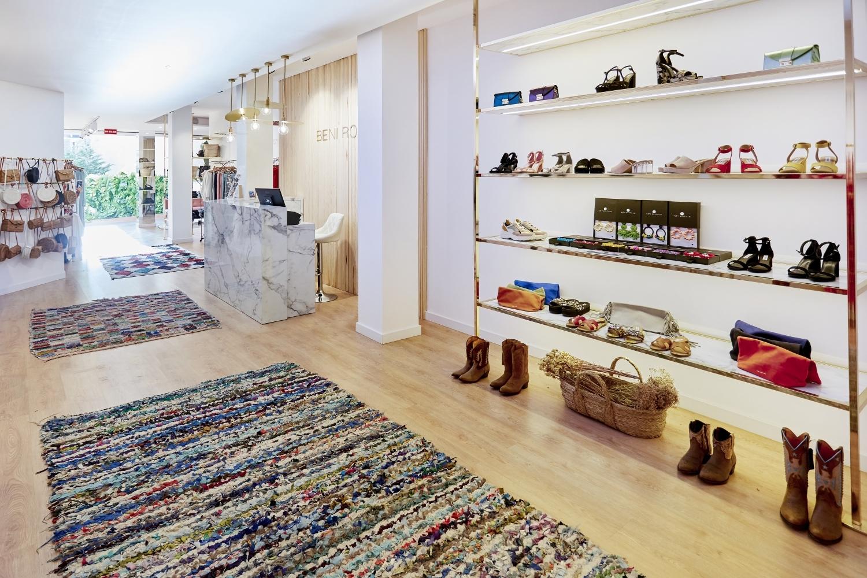 Interior de la tienda Beni Room