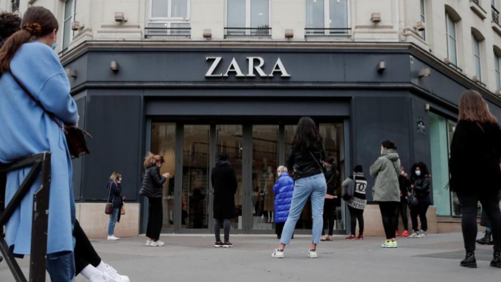 Zara abre sus tiendas en Francia