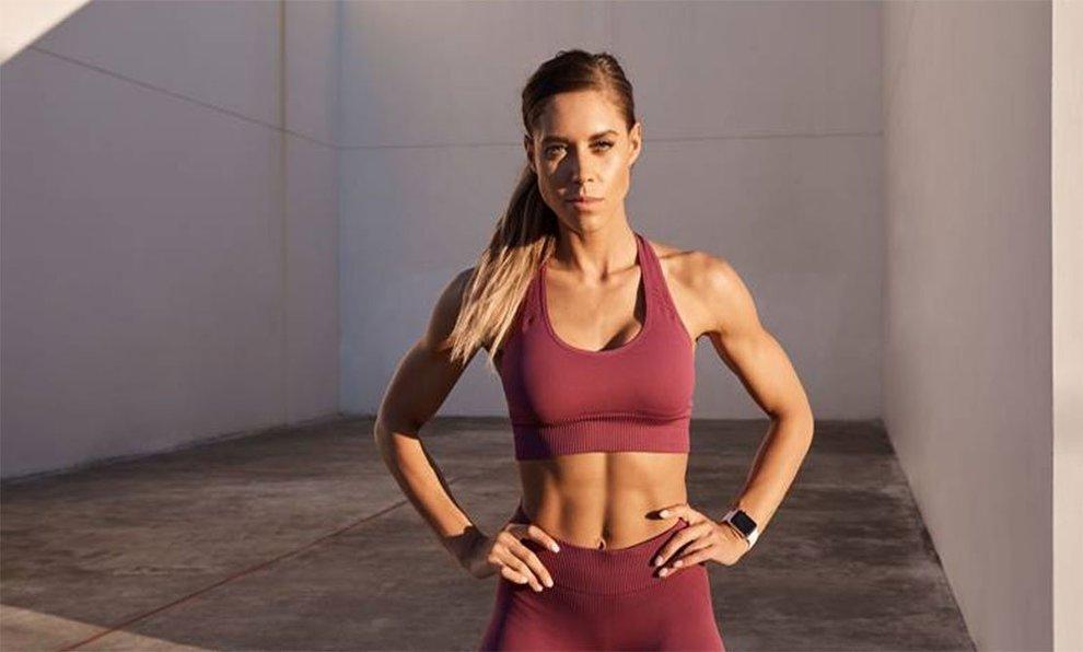 La entrenadora Kelsey Wells, CrossFit Superstar, en la imagen...