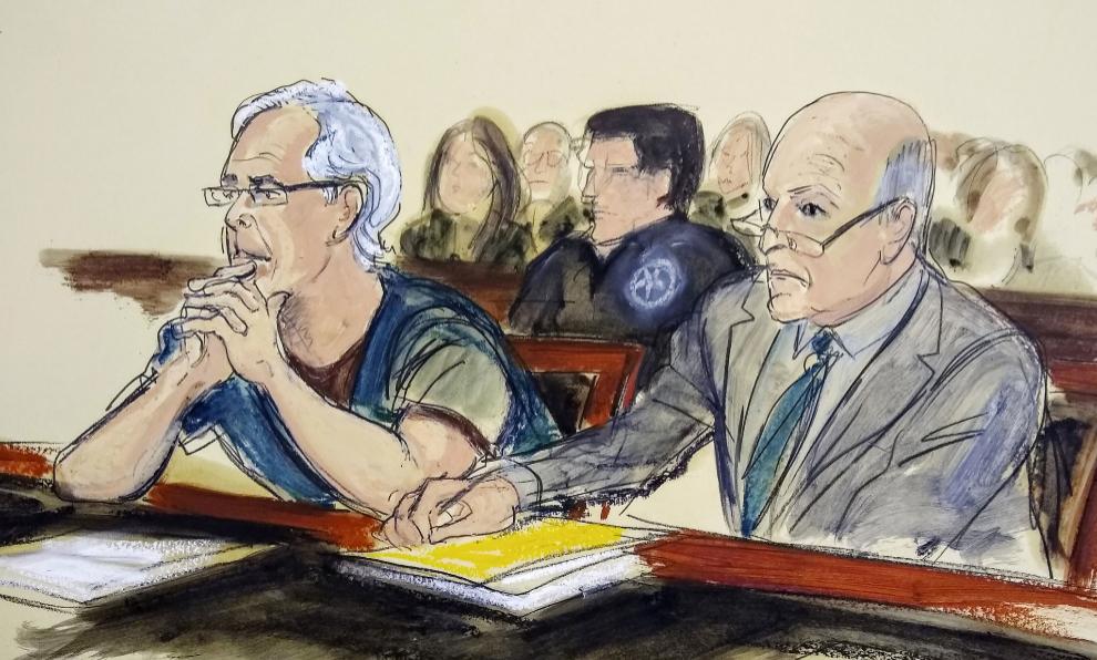 Jeffrey Epstein (izquierda) y su abogado en julio de 2019