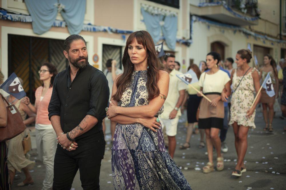 """""""White lines"""" también refleja la parte más costumbrista de la vida en Ibiza."""