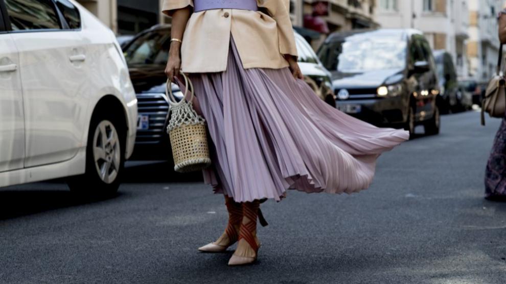 Las faldas de vuelo se convierten en la prenda estelar de la...