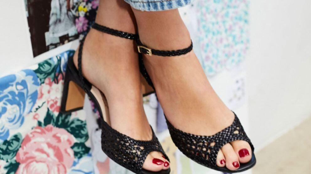Te puede interesar: Estos zapatos son la tendencia inesperada de la...