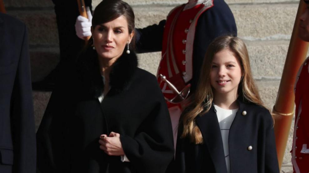 ¿Qué accesorio de moda comparten Letizia y Sofía?
