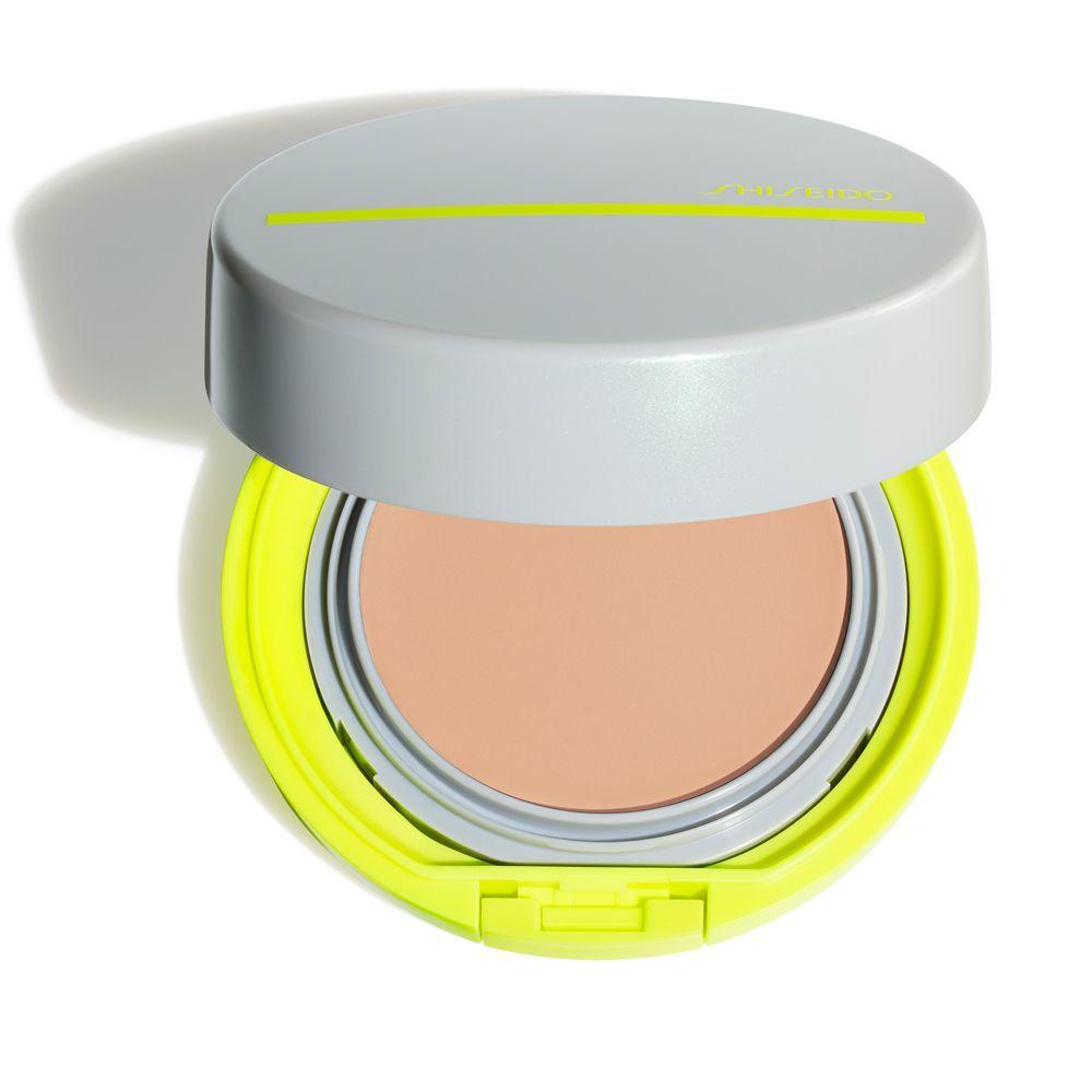 Protector solar BB SPF 50 de Shiseido.