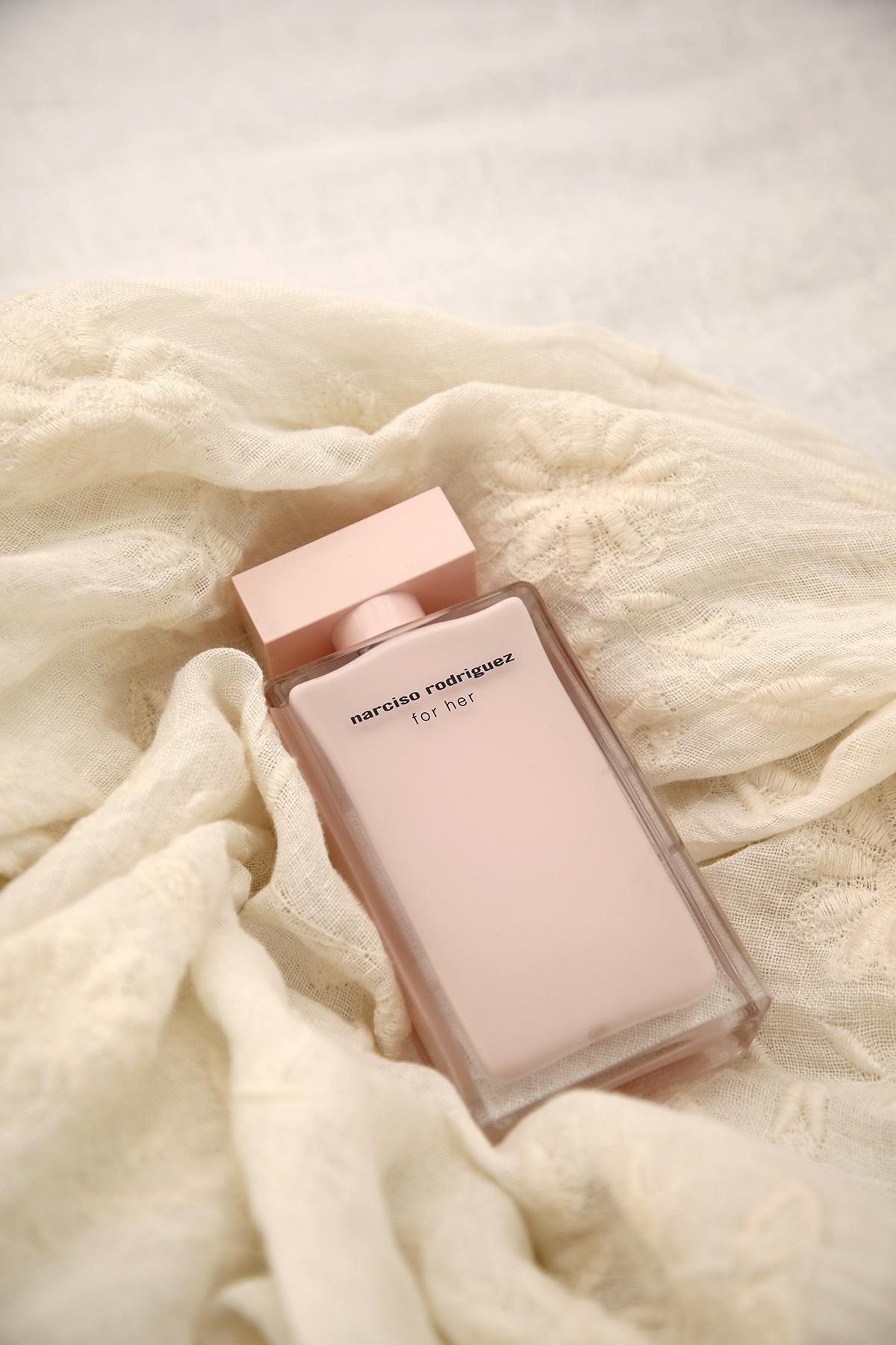 Eau de Parfum Narciso Rodriguez For Her.