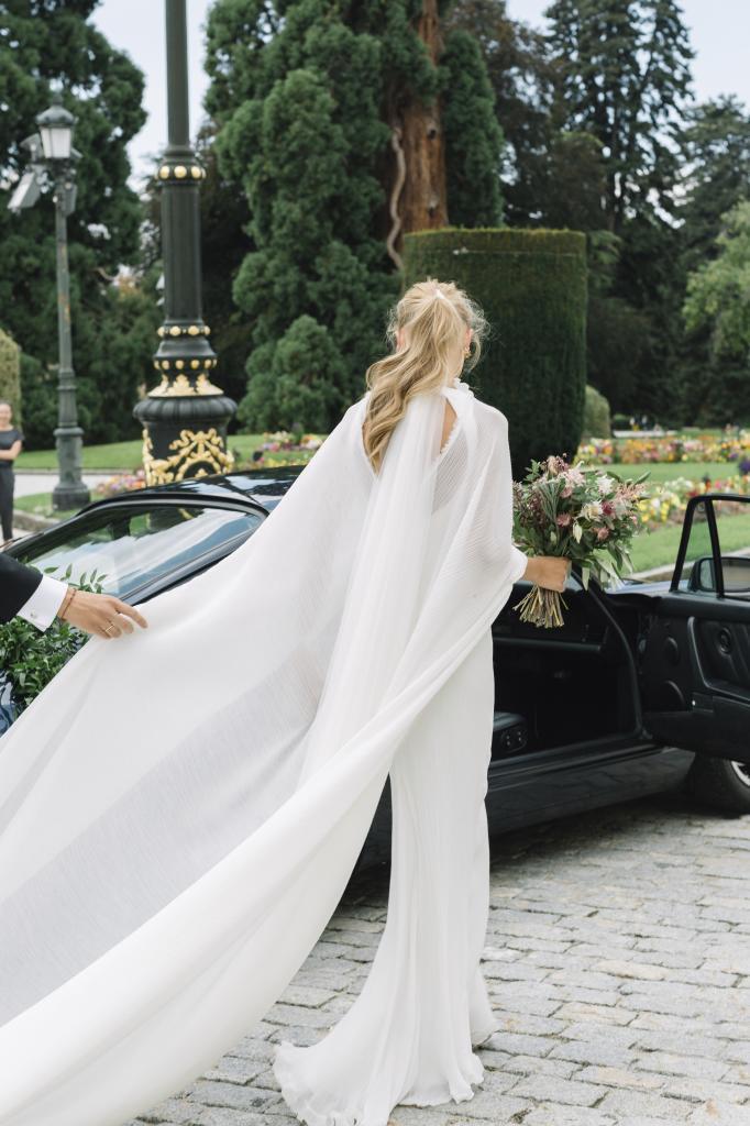 Lorenzo Caprile diseñó el vestido de Sofía Johansson.