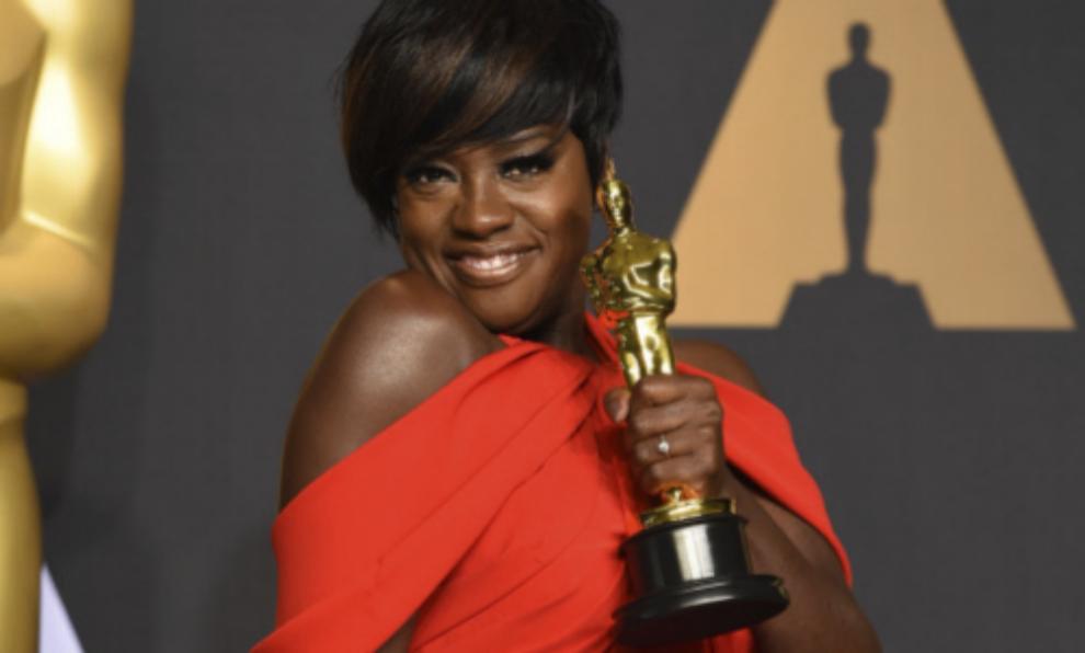 """Viola Davis ganó el Oscar a Mejor Actriz Secundaria por """"Fences"""" en..."""