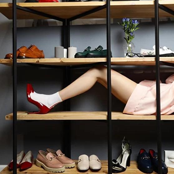 Duet.by.me es una marca rusa de zapatos, ropa y accesorios creada en 2016 y que participó en el proyecto virtual.