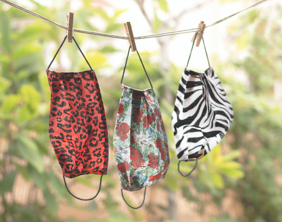 Kausimasks de Kausi con diferentes prints.