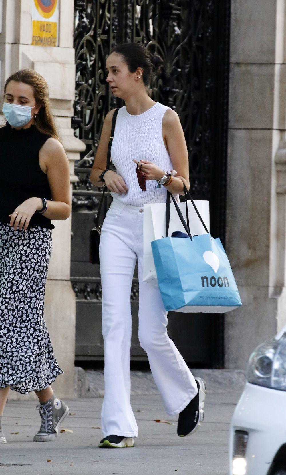 Victoria Federica, de compras por Madrid.