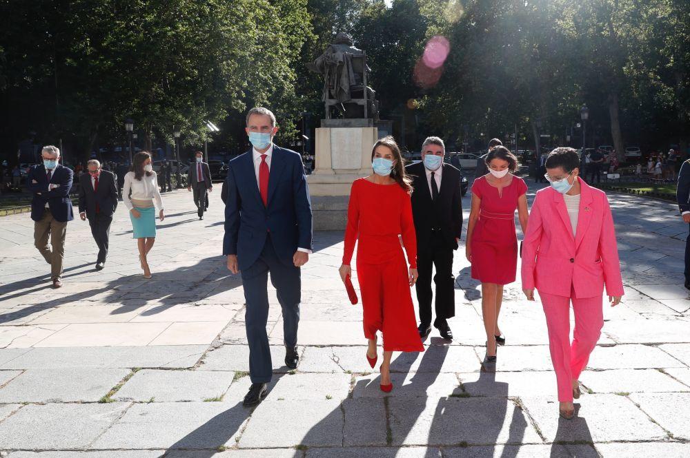 Los Reyes visitan el Museo del Prado.