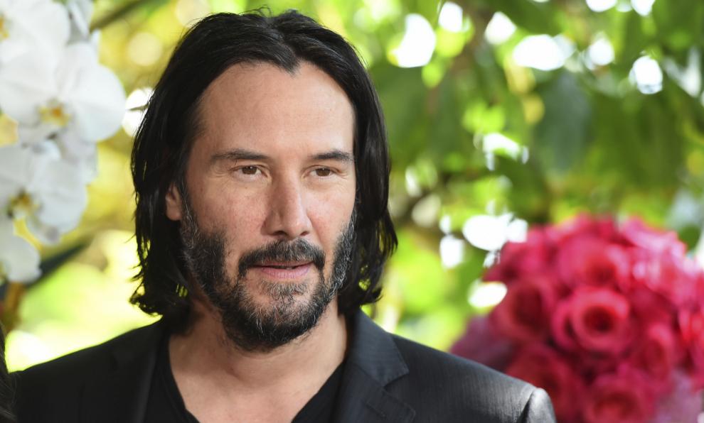 Keanu Reeves saca su lado más íntimo por una iniciativa solidaria.