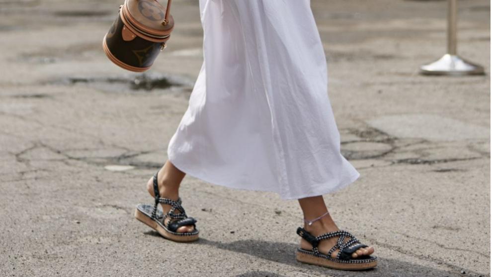 Sandalias de cuerda, el nuevo calzado tendencia de la temporada.