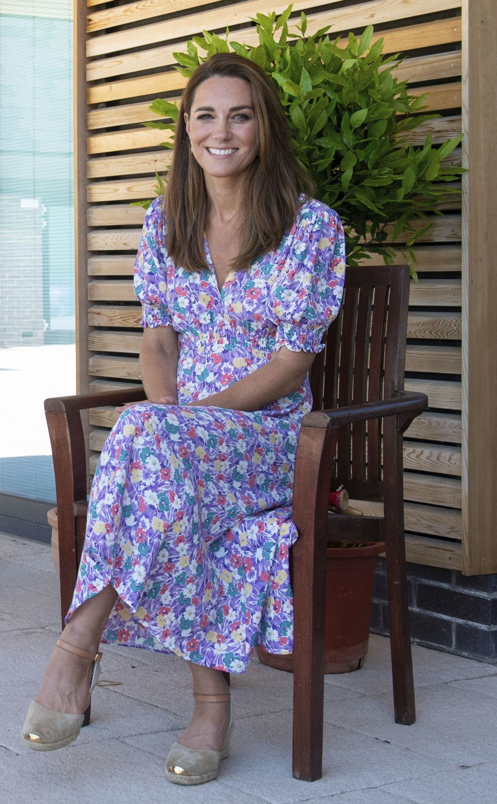 Kate Middleton con vestido de Faithfull The Brand.
