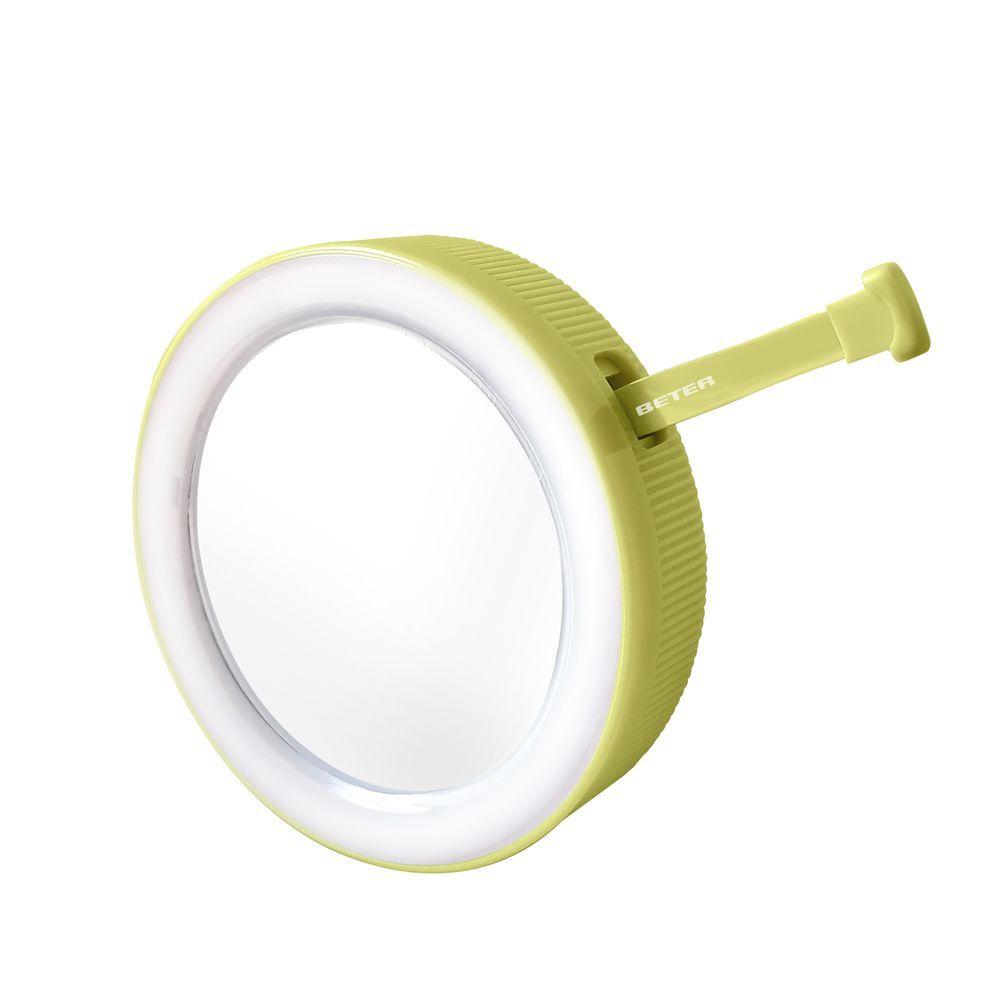 Oooh! Tweezers Flash de Beter (19,50 euros), un espejo doble de aumento y visión normal, luz y pinzas de depilar, todo en un tamaño súper práctico y llevable.