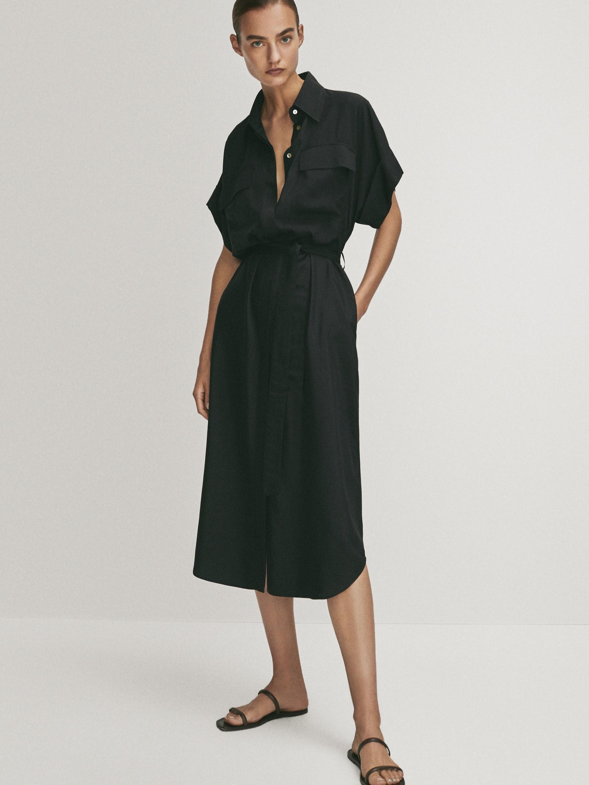 Vestido negro de Massimo Dutti (89,95 euros)