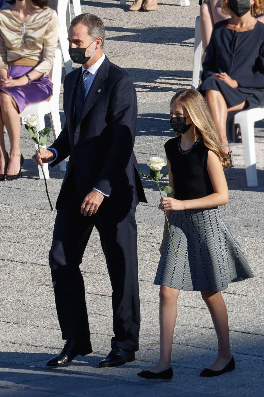 El rey y la princesa Leonor.