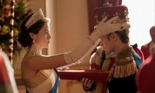 Claire Foy y Matt Smith en The Crown