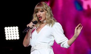 Taylor Swift durante un concierto en 2019